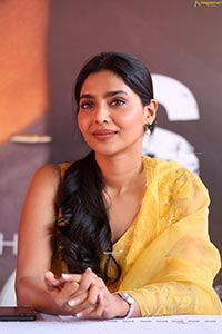 Aishwarya Lekshmi at Godse Movie Press Meet