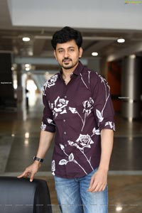 Anirudh Sameer at Sutraa Exhibition