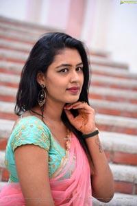 Meenal at Rangu Bommala Katha Movie Opening
