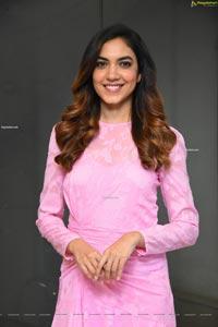 Ritu Varma at Ninnila Ninnila Movie Press Meet