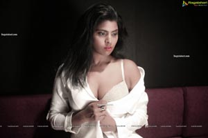 Sadhana Pillai Latest Photoshoot Images