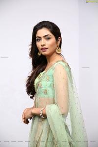Zoya Mirza in Green Floral Lehenga