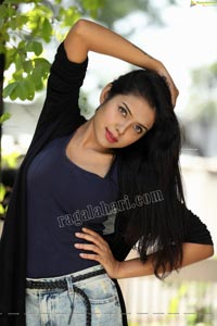 Swati Mandal in Navy Blue Tank Top and Jeans