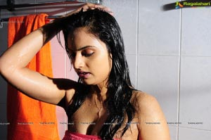 Ritu Kaur Spicy Pics