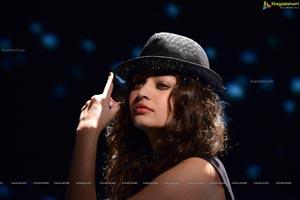 Sneha Ullal Unseen Hot Photos