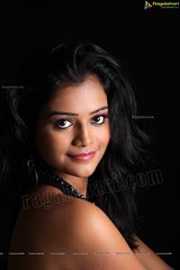 Telugu Heroine Maheshwari Photos