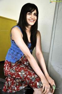 Adah Sharma Pics