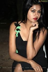 Thanu Monne Vellipoyindi Akshatha