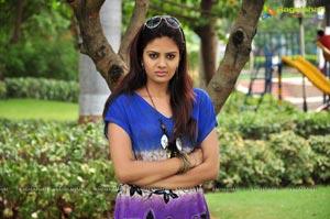 Anchor Sree Mukhi