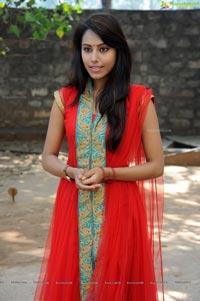 Khenisha Chandran Photos