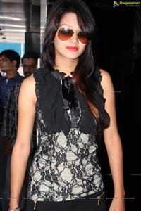 Monika Singh Kamal Watch Co