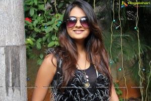 Neha Deshpande Silk India Expo