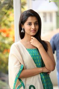 Arthana Binu Vijayakumar Photos