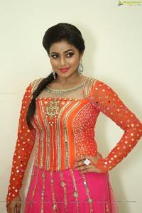 Poorna Shamna Kasim Hot Stills