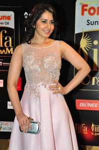 Rashi Khanna IIFA 2016 Photos