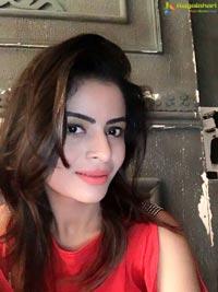 Gehana Vasisth Hot