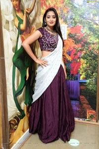 Bhanu Sree at GirlFriend Arabian Mandi Restaurant