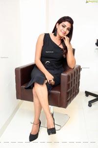 Lahari at Habibs Hair & Beauty Salon Launch