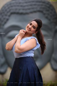 Manjusha HD Photos at Sarileru Neekevvaru Thanks Meet