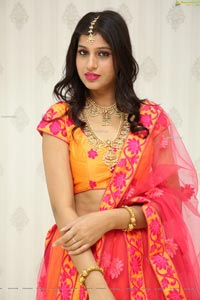Naziya Khan at Manepally Jewellers Dilsukhnagar