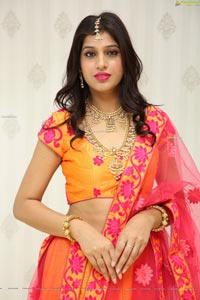 Naziya Khan at Manepally Jewellers Dilsukhnagar