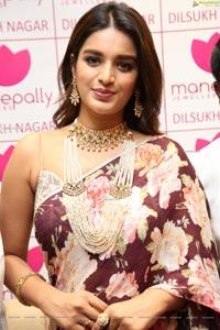 Nidhhi Agerwal at Manepally Jewellers Dilsukhnagar