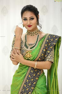 Nilofer Haidry at Manepally Jewellers Dilsukhnagar