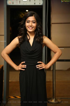 Rashmika Mandanna at Sarileru Neekevvaru Thanks Meet