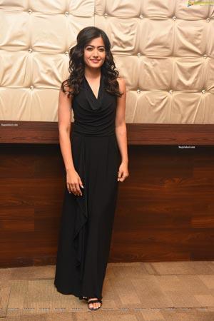 Rashmika Mandanna at Sarileru Neekevvaru Thanks Meet