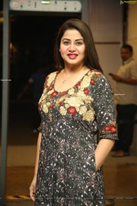 Sangeeta HD Photos @ Sarileru Neekevvaru Thanks Meet