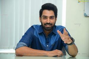 Shiva Kandukuri at Choosi Choodangaane Interview
