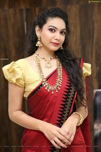 Simran Saniya at Manepally Jewellers Dilsukhnagar