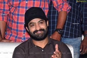 Jr NTR at Entha Manchivadavura Pre-Release