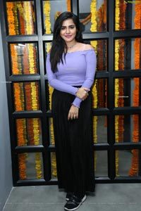 Ashu Reddy at OOKO KAKA Clothing Brand Launch