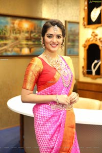 Heena Rai at The Diamond Store by Chandubhai
