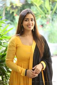 Nivetha Pethuraj at Red Movie Interview