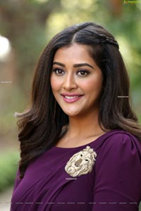 Pooja Jhaveri at Bangaru Bullodu Trailer Launch