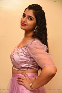 Shyamala at Bangaru Bullodu Pre-Release Event