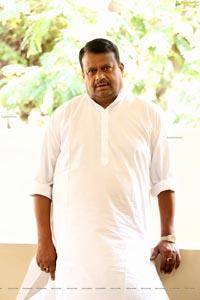 Producer S V Babu at 30 Rojullo Preminchadam Ela Press Meet