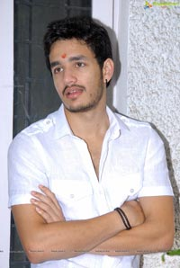 Hero Akhil Akkineni