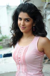 Deeksha Seth in Sexy Sleeveless Dress