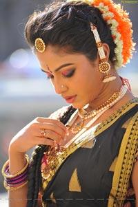 Amala Paul Bharatanatyam Stills