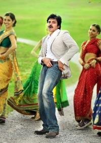 Pawan Kalyan in Attharintiki Daaredhi High Definition Stills