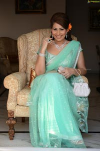 Shreedevi Chowdary High Definition Photos