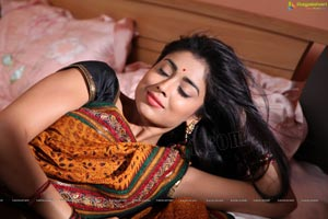 Shriya in Peru Mattum Than Pavithra