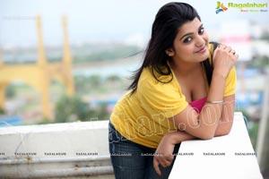 Bollywood Heroine Tashu Kaushik Exclusive Photos