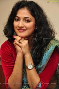 Swapna Sundari Hari Priya