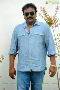 VV Vinayak