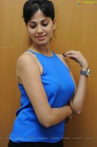 Weekend Love Heroine Supriya Shailaja