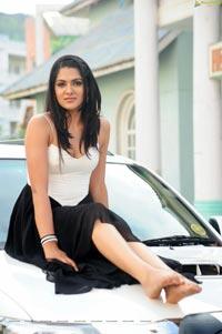 Sakshi Choudhury James Bond